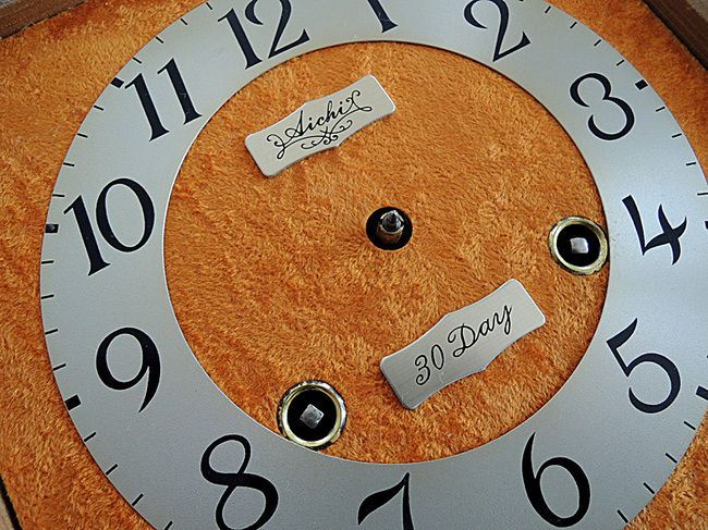 珍しいオレンジ起毛の文字盤!AICHITOKEI(愛知時計)製