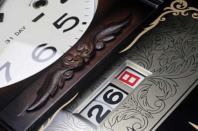昭和の柱時計といったデザインのAIKOSHA(愛工舎)製 31DAY カレンダー