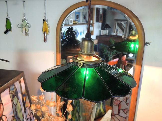 ステンドグラス製 レトロ電傘・アンティークグリーン