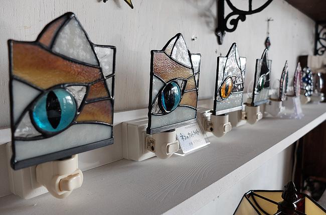 ネコのナイトライトAmiese(アミーゼ)ステンドグラス雑貨販売・手作り体験教室・新潟市秋葉区