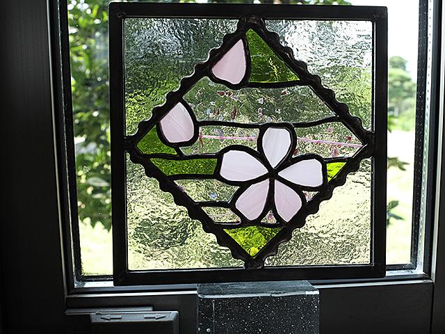 ステンドグラス、春、風景、花、桜