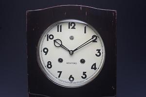 愛知時計(AICHITOKEI)レトロ柱時計【ゼンマイ式】
