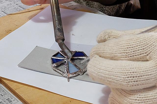 ステンドグラス製作・体験教室新潟市秋葉区古津