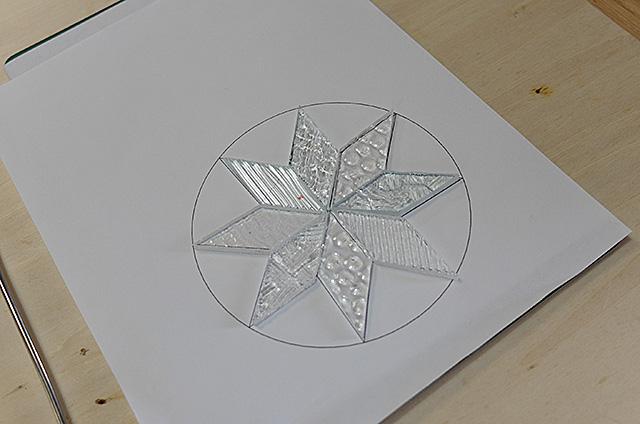 Amieseアミーゼ・ステンドグラス体験教室・オーナメント雪の結晶作り20160427-02