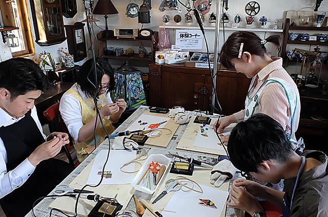秋葉区Amieseアミーゼ・ステンドグラス体験教室