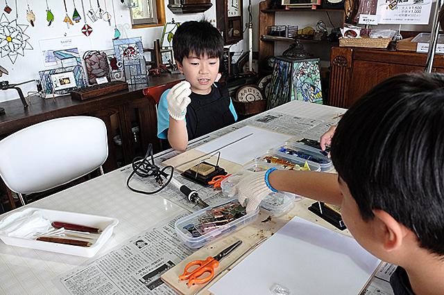 新潟市秋葉区・夏休み自由工作親子ステンドグラス1日体験 20160810-01