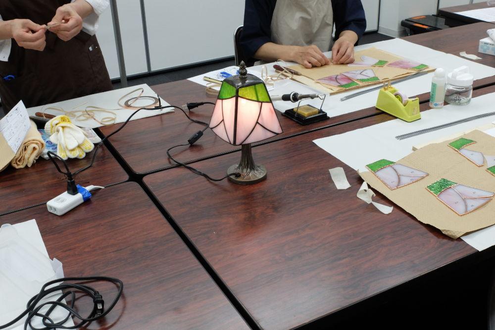 新潟日報カルチャースクール三条・ステンドグラス教室Amieseアミーゼ