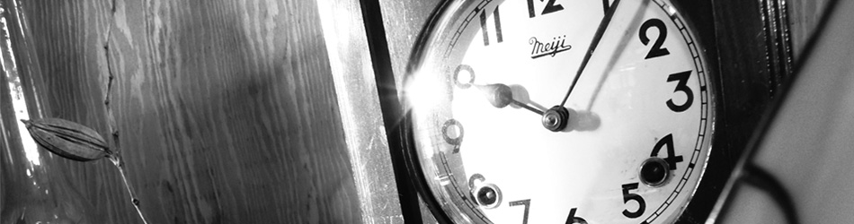 Amieseアミーゼ・レトロ柱時計・古時計・ゼンマイ式ボンボン時計